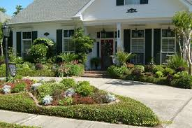 Front Landscaping Ideas Landscaping Ideas For Front Of House Fogtofire