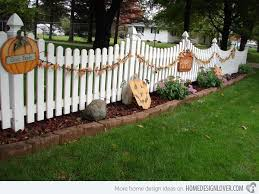 Fence Decorations 15 Spooky Halloween Home Decorations Home Design Lover