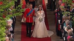 kate middleton wedding dress designed by sarah burton of alexander