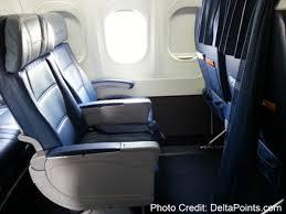 Delta Economy Comfort Review Front Row Economy Comfort Delta 717 200 Delta Points Blog 2