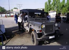 kerala jeep mahindra jeep stock photos u0026 mahindra jeep stock images alamy