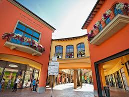 designer outlet italien shopping italy s outlets made in italy travel ideas