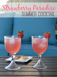 Vodka Martini Recipes That Are Strawberry Paradise Cocktail Recipes Vodka Drink Recipes