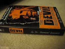 halloween 2 rob zombie u0027s the devil walks among us hero book