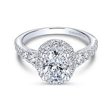 oval shaped engagement rings halo engagement rings oval cut diamonds gabriel co