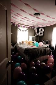 Birthday Decorations To Make At Home by Best 25 Birthday Room Surprise Ideas Only On Pinterest Photo