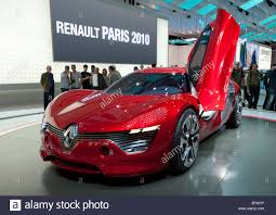 renault paris new electric concept renault dezir sports car on display at paris