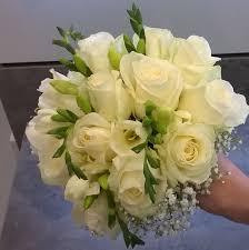 composition florale mariage compositions florales mariage fleuriste nord 59 croisé fleurs