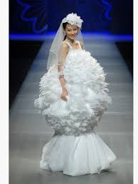 robe de mari e meringue robe de mariée meringue lovely the 10 wildest looks from china