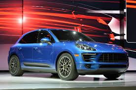 Porsche Macan Dark Blue - porsche finally reveals the sporty 2014 macan cars co za