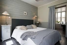 chambre avec lambris blanc décoration chambre lambris et peinture 26 bordeaux 08260308