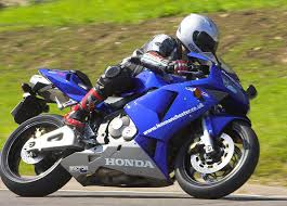 honda cbr 600 second hand honda cbr600rr road test used bike guide