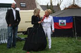 Susanne Muehlhauser mit Claudia Amrhein - Königsbrunn - 1044320_web