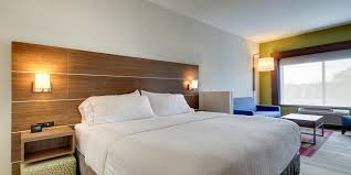Aurora Il Zip Code Map by Holiday Inn Express U0026 Suites Aurora Naperville Hotel By Ihg