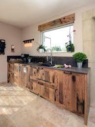 cuisine travertin ahurissant inspiration industrielle en cuisine cuisines et bains