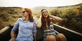 scientists explain why smart prefer fewer friends