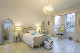 Bedroom Decorating Ideas For Young Women  Best Ideas About Young - Bedroom designs for women