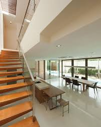 architecture fancy floating wooden staircase design use glass