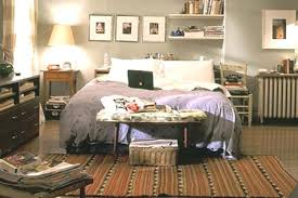 Carrie Bradshaw Bedroom | carrie bradshaw s apartment old one versus new one houseandhome ie