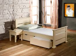 chambre bebe en bois chambre bebe en bois massif meilleur idées de conception de maison