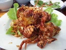 cuisiner le crabe crabe mou sauté au beurre et à l ail poo nim tot kra tiam ป น