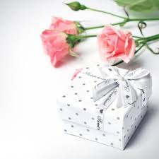 wedding gift registry uk wedding gift lists the best services compared hitched co uk