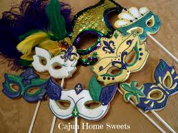 mardi gras cookie cutters mardi gras mask set 2 cookie connection