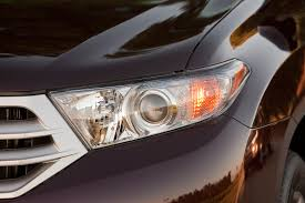 2013 toyota highlander reviews and rating motor trend