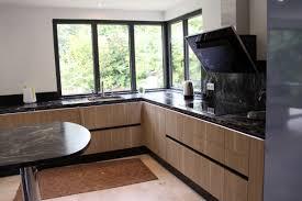 etude cuisine etude et réalisation cuisine avec meuble effet bois plan de granit