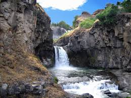 Oregon waterfalls images 8 easily accessible waterfalls in oregon that you don 39 t need to jpg