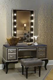 Lighted Makeup Vanity Mirror Lovely Lighted Makeup Vanity Table With Ergonomic Lighted Vanity