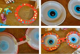 piatti e bicchieri di plastica colorati lavoretti con i piatti di plastica le idee pi禮 originali per