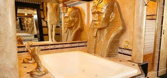 egyptian themed bedroom egyptian suite black swan themed idaho inn