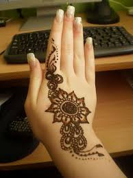 cute henna design on hand for eid henna mehndi designs