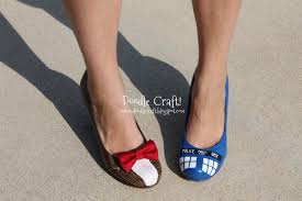 Paint For Faux Leather - doodlecraft doctor who painted tardis heels