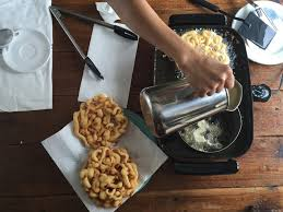 funnel cakes at home with golden barrel funnel cake mix