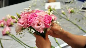 sending flowers how to save money on sending flowers insider tips from a florist