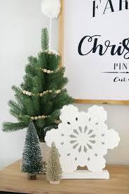 entry decor black u0026 white simple snowflake christmas entry decor