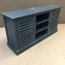 be creative using louvered doors for home decorating ideas