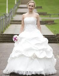 wedding dress finder crean wedding dress finder s most exclusive