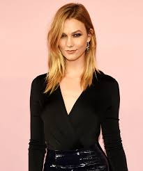 karlie kloss hair color karlie kloss platinum blond hair 2017