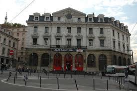 Hk Rhône Alpes à Vénissieux Gare De Lyon Paul