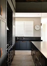 Cuisine Lambris - design interieur lambris bois large meubles cuisine bois noir