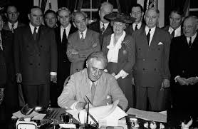 fdr signs gi bill june 22 1944 politico