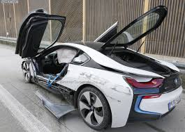 drake cars 2015 bmw i8 in a serious crash
