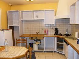 comment repeindre sa cuisine en bois comment repeindre un meuble en inspirations et étourdissant peindre