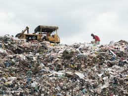 car junkyard in the philippines solid waste management project philippines payatas dumpsite