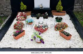 gravesite decorations grave decorations stock photos grave decorations stock images