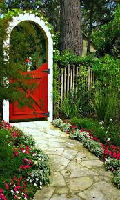 Backyard Vegetable Garden Ideas Best 25 Garden Gates Ideas On Pinterest Garden Gate Gate Ideas