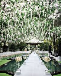 outside weddings 23 stunningly beautiful decor ideas for the most breathtaking